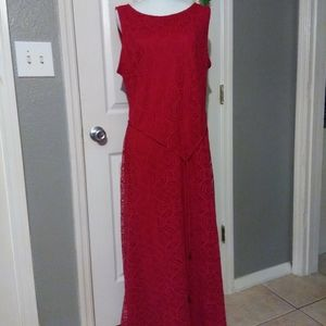 RED LACE MAXI DRESS STUDIO ONE